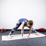 beweglichkeit-unterer-ruecken-stand-rotation