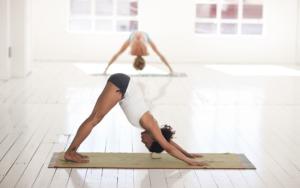 Rückenschmerzen – die 4 Schlüsselstellen im Körper mit denen du den Schmerz besiegst