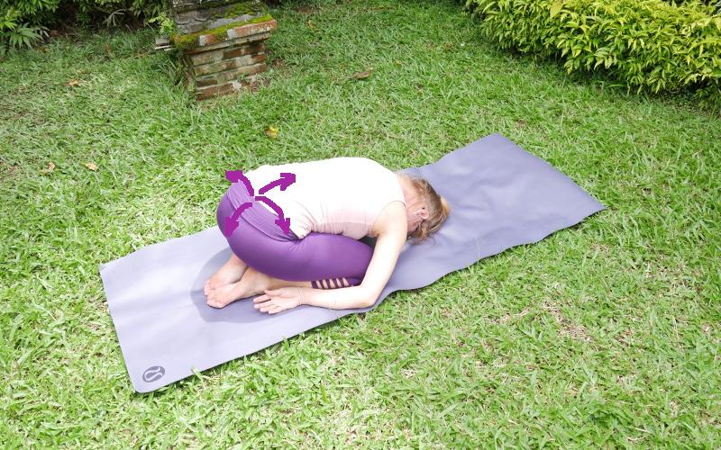 r ckenschmerzen lendenwirbel 2x4 effektive yoga bungen yoga body. Black Bedroom Furniture Sets. Home Design Ideas